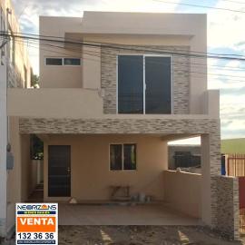 Foto de casa en venta en  , unidad modelo, tampico, tamaulipas, 3707566 No. 01