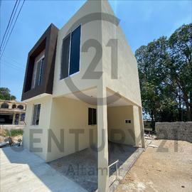 Foto de casa en venta en  , vicente guerrero, ciudad madero, tamaulipas, 16847739 No. 01