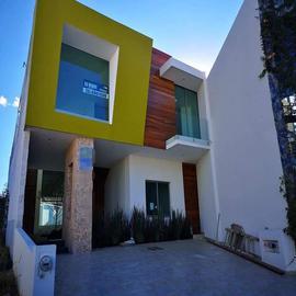Foto de casa en venta en vistas altozano , jesús del monte, morelia, michoacán de ocampo, 0 No. 01
