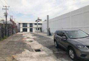 Foto de terreno comercial en renta en Acueducto Tenayuca, Tlalnepantla de Baz, México, 14705346,  no 01