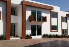 Foto de casa en condominio en venta en Lomas de Cocoyoc, Atlatlahucan, Morelos, 15239203,  no 01