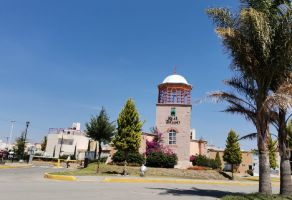 Foto de casa en renta en Real Toledo Fase 1, Pachuca de Soto, Hidalgo, 16988909,  no 01
