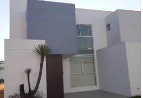 Foto de casa en renta en Zona Cementos Atoyac, Puebla, Puebla, 20742730,  no 01