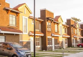 Foto de casa en venta en San Francisco Coacalco (Cabecera Municipal), Coacalco de Berriozábal, México, 21864696,  no 01