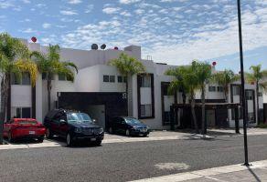 Foto de casa en condominio en venta en Juriquilla Santa Fe, Querétaro, Querétaro, 16820617,  no 01
