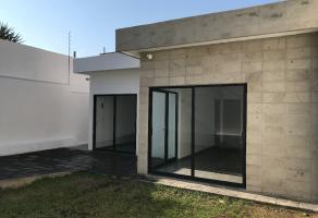 Foto de casa en venta en Las Palmas, Cuernavaca, Morelos, 21156724,  no 01