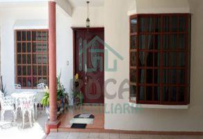 Foto de casa en venta en Abelardo L Rodriguez, Orizaba, Veracruz de Ignacio de la Llave, 20781107,  no 01
