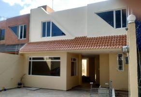 Foto de casa en venta en Santa Ana Tlapaltitlán, Toluca, México, 17872626,  no 01