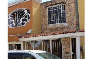 Foto de casa en venta en Parques Del Nilo, Guadalajara, Jalisco, 6111047,  no 01