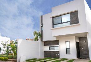 Foto de casa en venta en Supermanzana 316, Benito Juárez, Quintana Roo, 20807159,  no 01