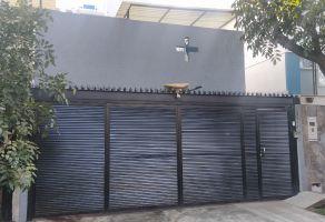 Foto de casa en venta en Americana, Guadalajara, Jalisco, 17192572,  no 01