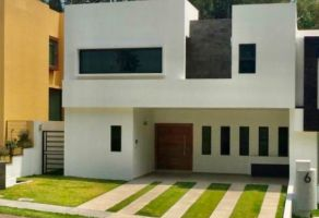 Foto de casa en venta en Arcos de la Cruz, Tlajomulco de Zúñiga, Jalisco, 13092589,  no 01