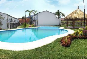 Foto de casa en venta en Santa Rosa 30 Centro, Tlaltizapán de Zapata, Morelos, 15418935,  no 01