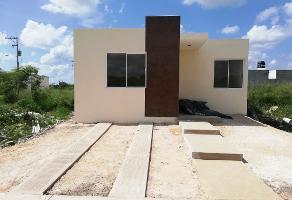 Foto de casa en venta en 109 , tixcacal opichen, mérida, yucatán, 13850580 No. 01