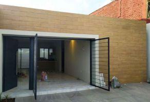 Foto de casa en venta en Valle Verde, Uruapan, Michoacán de Ocampo, 21793971,  no 01