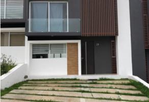 Foto de casa en renta en Ejido Jesús del Monte, Morelia, Michoacán de Ocampo, 22155011,  no 01