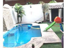 Foto de casa en venta en Burócratas del Estado, Monterrey, Nuevo León, 17696244,  no 01