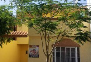 Foto de casa en venta en Valle de Santo Domingo 1er Sector, San Nicolás de los Garza, Nuevo León, 15285425,  no 01
