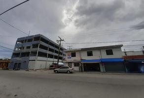 Foto de edificio en venta en 13 , supermanzana 65, benito juárez, quintana roo, 17694720 No. 01