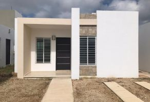 Foto de casa en venta en Gran Santa Fe, Mérida, Yucatán, 17078990,  no 01