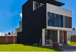 Foto de casa en venta en Santa Cruz Otzacatipán, Toluca, México, 9391961,  no 01