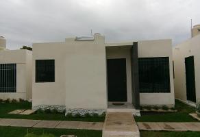 Foto de casa en venta en 138 a 1373, paseos de opichen, mérida, yucatán, 0 No. 01