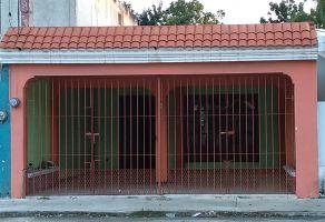 Foto de casa en venta en Merida Centro, Mérida, Yucatán, 15390537,  no 01