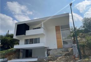 Foto de casa en venta en  , 15 de mayo, santiago, nuevo león, 0 No. 01