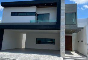 Foto de casa en venta en Carolco, Monterrey, Nuevo León, 15305369,  no 01