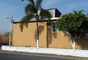 Foto de terreno habitacional en venta en Tequesquitengo, Jojutla, Morelos, 20807793,  no 01