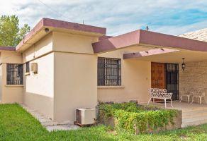 Foto de casa en venta en Del Valle, San Pedro Garza García, Nuevo León, 17566861,  no 01