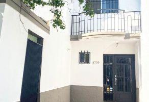 Foto de casa en renta en Colonial Cumbres, Monterrey, Nuevo León, 21514208,  no 01