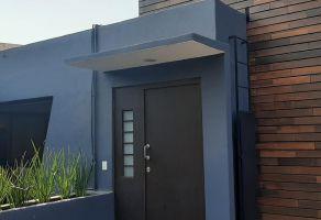 Foto de casa en venta en Lomas de Tecamachalco Sección Bosques I y II, Huixquilucan, México, 21544210,  no 01