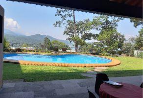 Foto de casa en venta en Valle de Bravo, Valle de Bravo, México, 17072551,  no 01