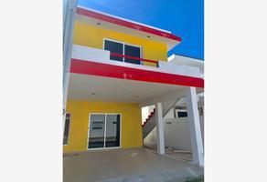 Foto de casa en venta en 17-b , chicxulub puerto, progreso, yucatán, 18962126 No. 01