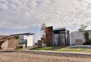 Foto de terreno habitacional en venta en San Cristóbal Zapotitlán, Jocotepec, Jalisco, 6519961,  no 01