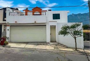 Foto de casa en venta en Prados Del Rey, Santa Catarina, Nuevo León, 15401850,  no 01