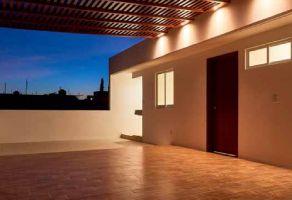 Foto de casa en venta en Volcanes, Oaxaca de Juárez, Oaxaca, 14820491,  no 01