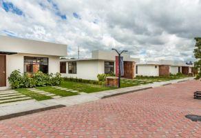 Foto de casa en venta en Casa Blanca, Metepec, México, 21274664,  no 01