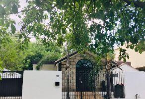 Foto de casa en venta en Burócratas del Estado, Monterrey, Nuevo León, 17077903,  no 01