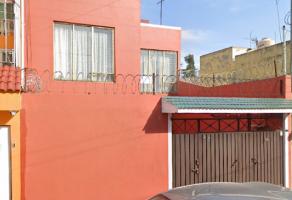Foto de casa en venta en San Juan de Aragón VI Sección, Gustavo A. Madero, DF / CDMX, 20192026,  no 01