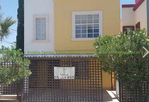 Foto de casa en venta en Los Claustros Universidad, Chihuahua, Chihuahua, 15918986,  no 01