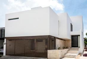 Foto de casa en venta en 2 , montebello, mérida, yucatán, 0 No. 01