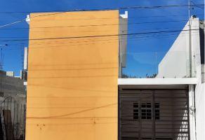 Foto de casa en venta en Azteca, Guadalupe, Nuevo León, 21011537,  no 01