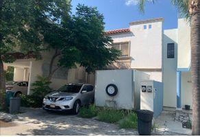 Foto de casa en venta en El Sabino Cerrada Residencial, Monterrey, Nuevo León, 21449313,  no 01