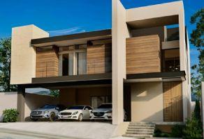 Foto de casa en venta en Carolco, Monterrey, Nuevo León, 20635687,  no 01