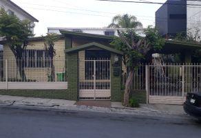 Foto de casa en venta en Las Cumbres 3 Sector, Monterrey, Nuevo León, 13331729,  no 01