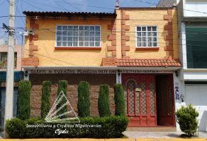 Foto de casa en venta en Arcos Tultepec, Tultepec, México, 12766629,  no 01