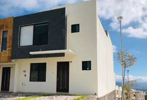 Foto de casa en renta en Desarrollo Habitacional Zibata, El Marqués, Querétaro, 16948393,  no 01