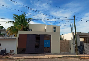 Foto de casa en renta en 27 , santa maria, mérida, yucatán, 0 No. 01